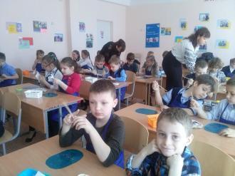 /Files/images/pershoklasniki_gotuyutsya_do_velikodnya/паша.jpg