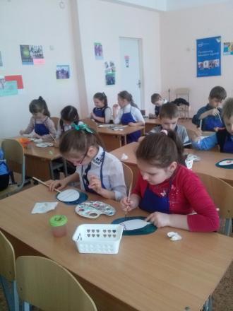 /Files/images/pershoklasniki_gotuyutsya_do_velikodnya/CAM00233.jpg